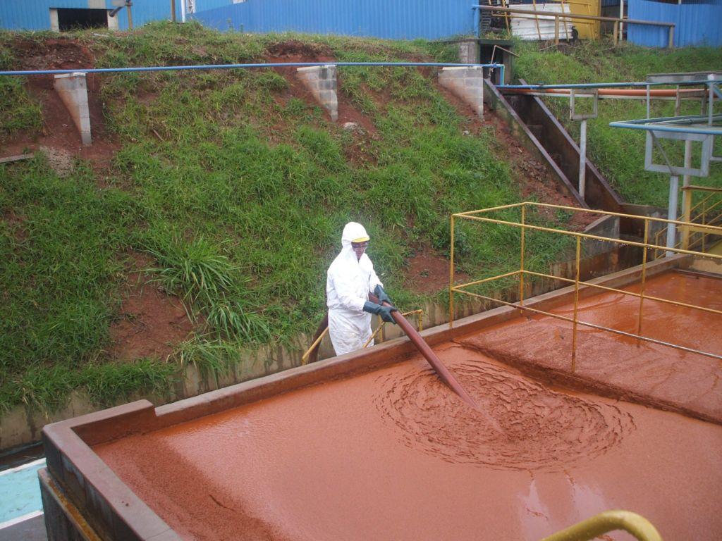 Fotos 23.10.2008 011 1024x768 - Transporte de Efluentes Sanitário